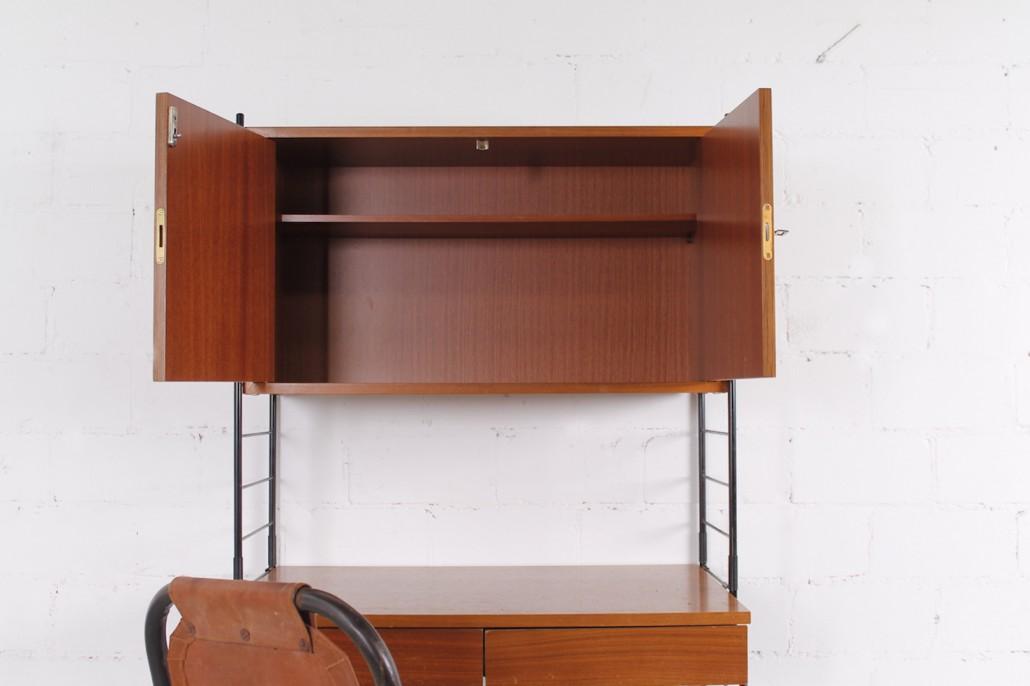 kleiner string regal schreibtisch von whb nussbaum metall. Black Bedroom Furniture Sets. Home Design Ideas