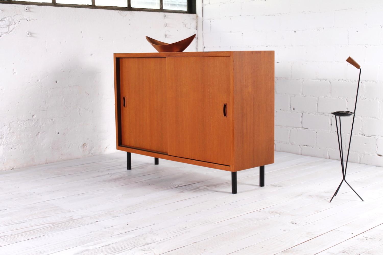 Attraktiv Kleines Sideboard Dekoration Von Artikel Nr. A-803. Modell. Vintage